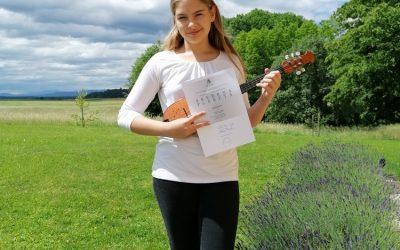 Zala Gornik uspešna na tekmovanju mladih glasbenikov